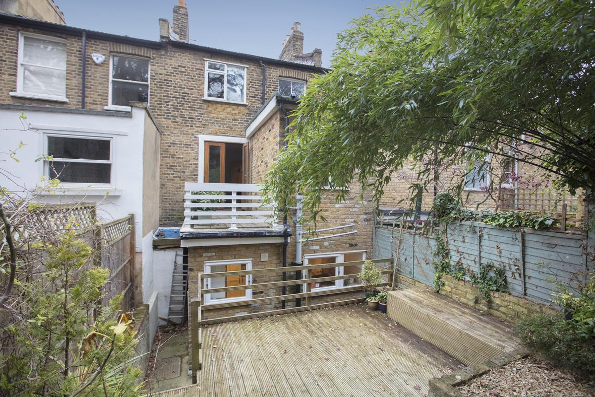 House - Terraced Sold in Mount Ash Road, Sydenham, SE26 239 view5