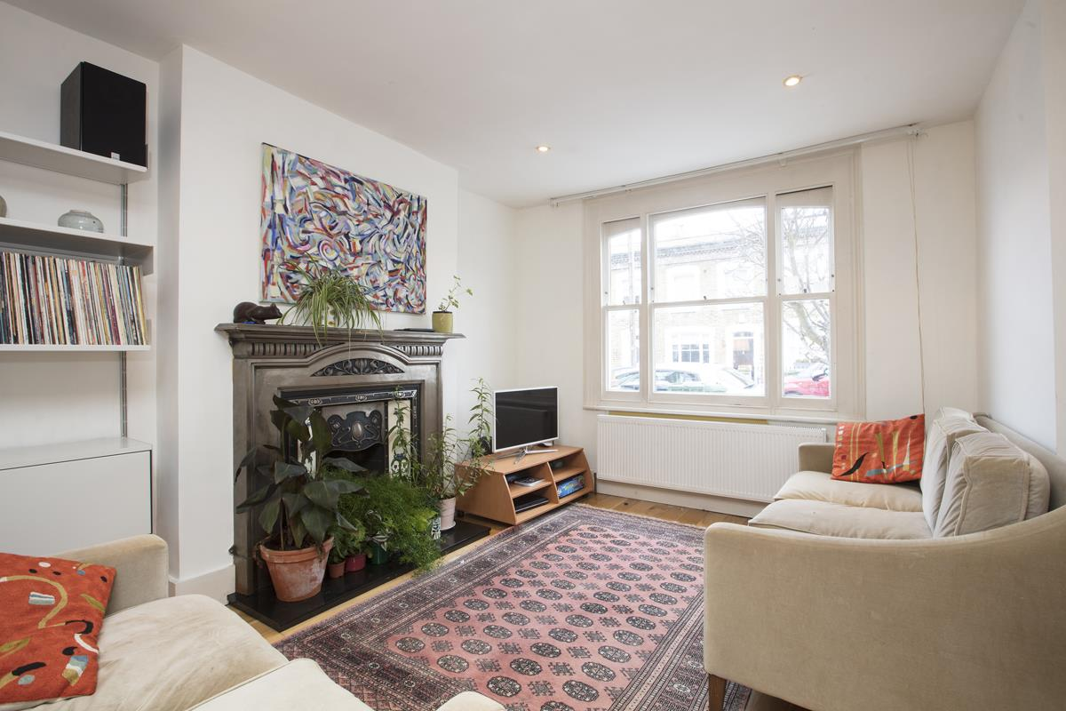 House - Terraced Sold in Mount Ash Road, Sydenham, SE26 239 view3