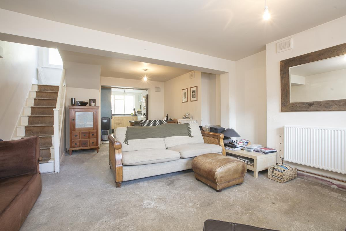 House - End Terrace For Sale in Mount Ash Road, Sydenham, SE26 395 view2