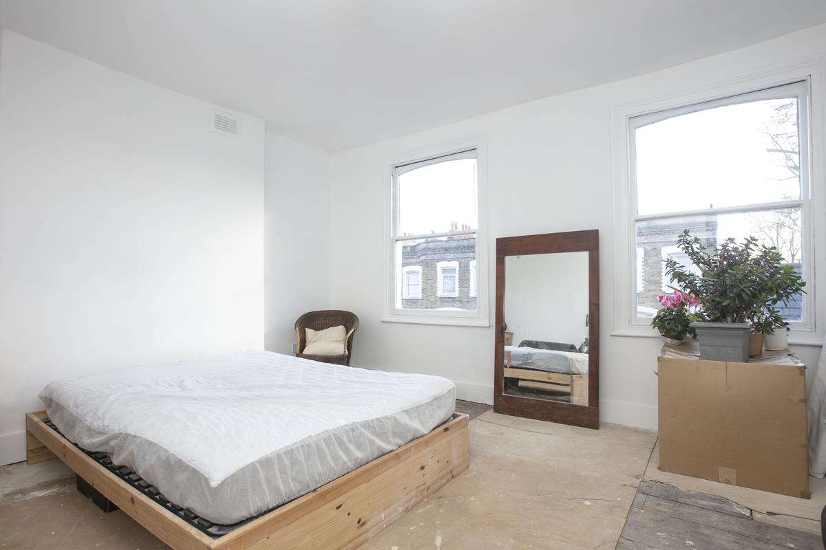 House - End Terrace For Sale in Mount Ash Road, Sydenham, SE26 395 view11