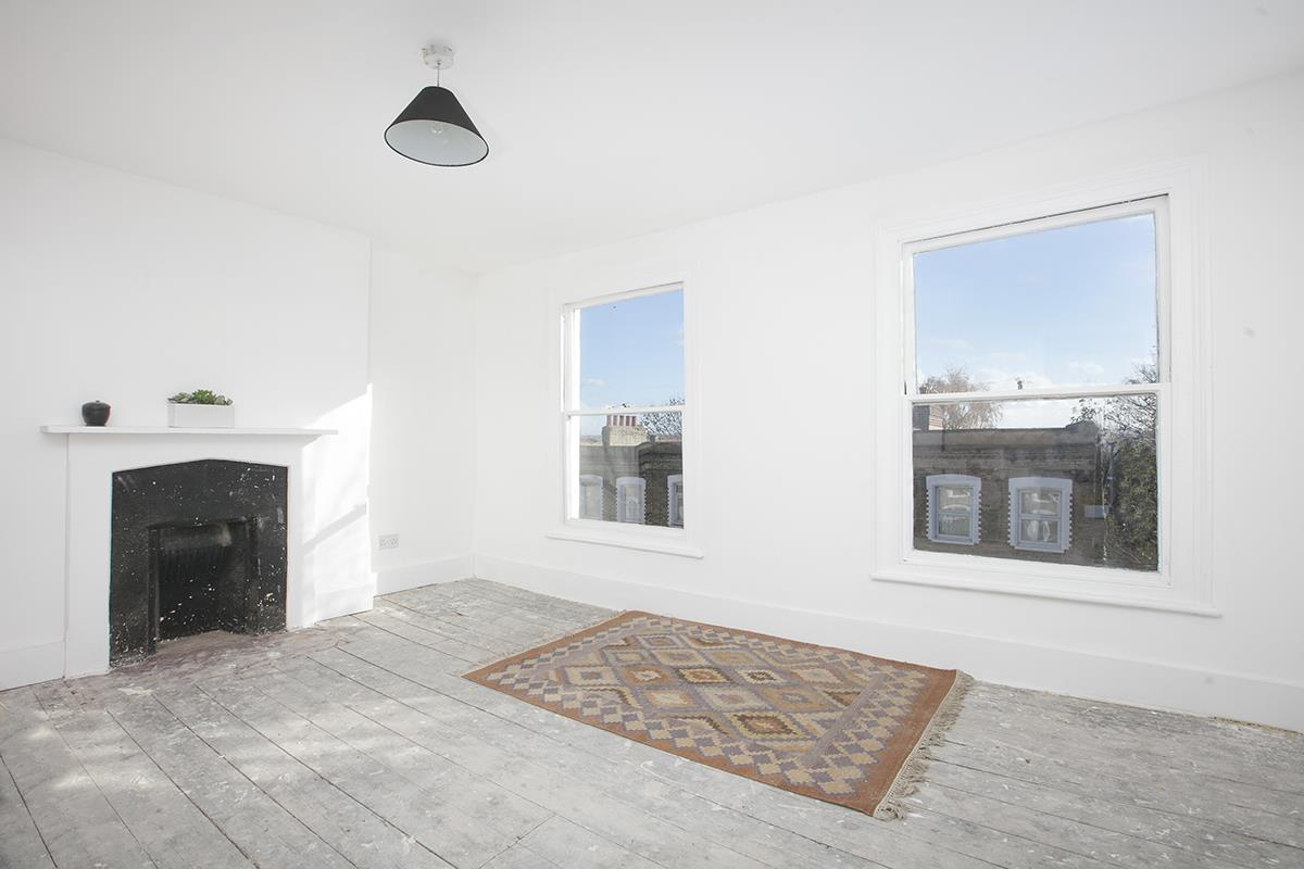 House - End Terrace For Sale in Mount Ash Road, Sydenham, SE26 395 view3
