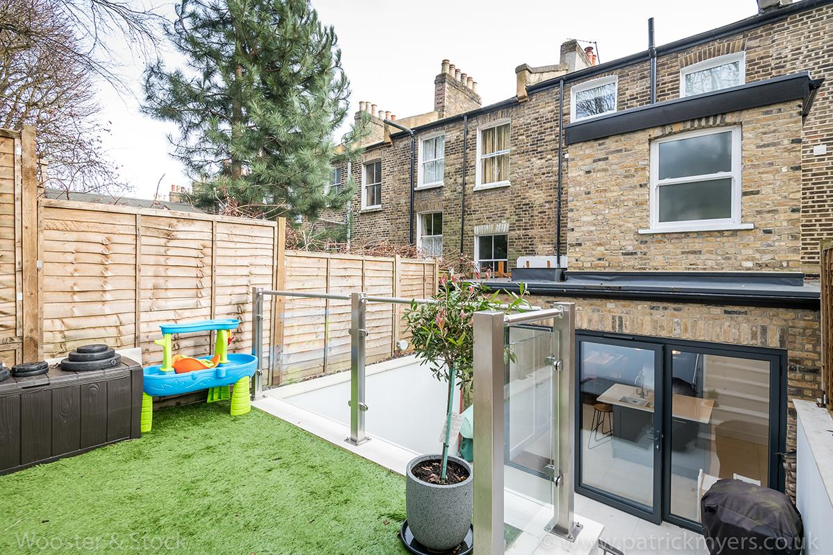 House - Terraced Sale Agreed in Mount Ash Road, Sydenham, SE26 584 view15