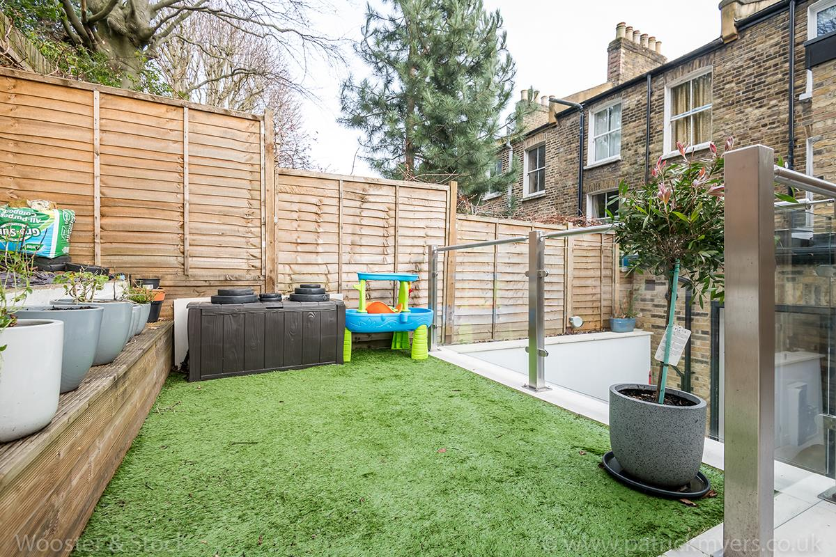 House - Terraced Sale Agreed in Mount Ash Road, Sydenham, SE26 584 view8