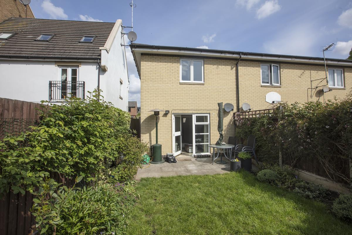 House - Semi-Detached Sale Agreed in Newent Close, Peckham, SE15 445 view13