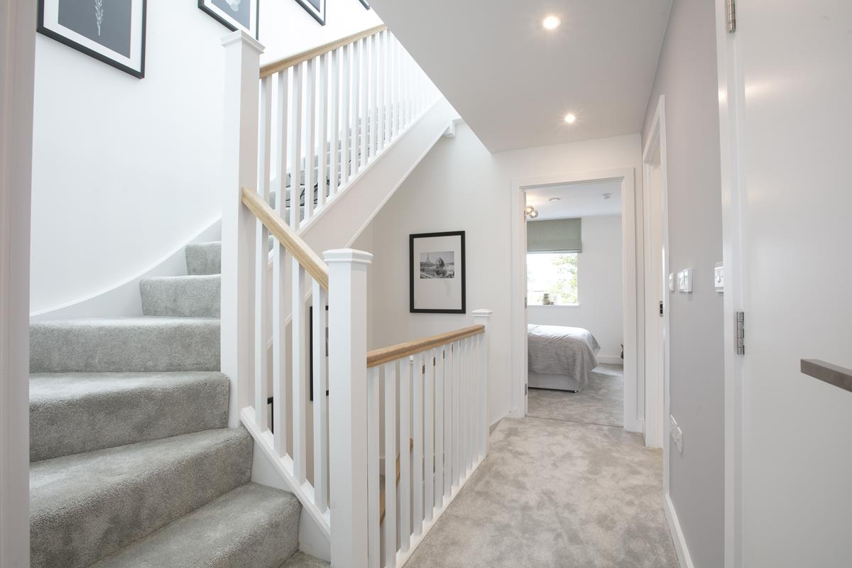 House - Terraced For Sale in Nunhead Green, Nunhead, SE15 534 view11