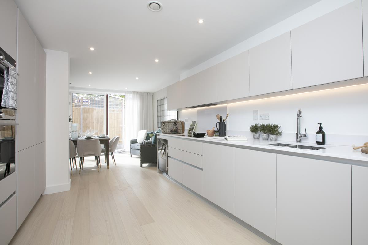 House - Terraced For Sale in Nunhead Green, Nunhead, SE15 534 view7
