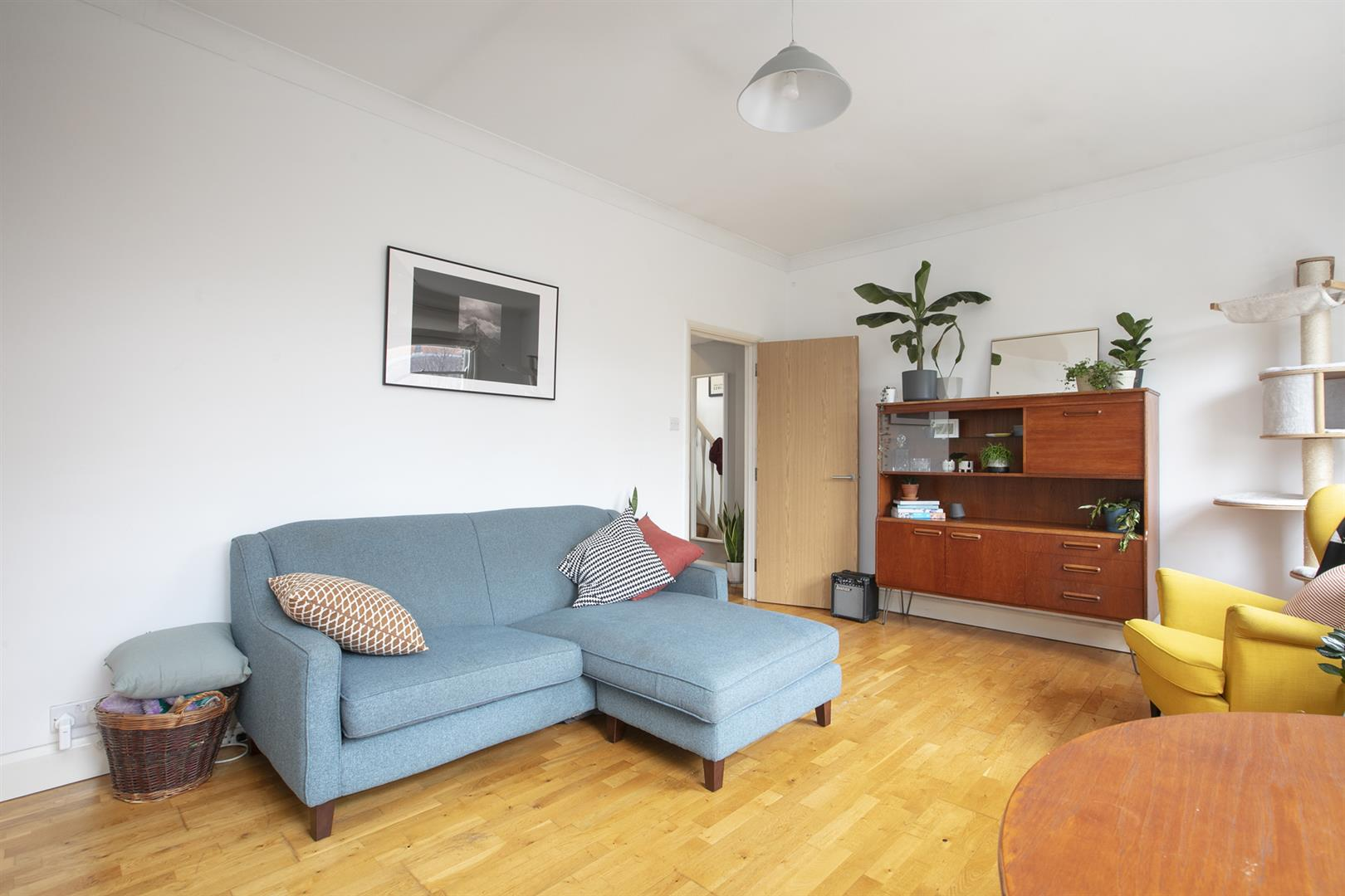 Flat - Conversion Sale Agreed in Nunhead Lane, Nunhead, SE15 751 view5