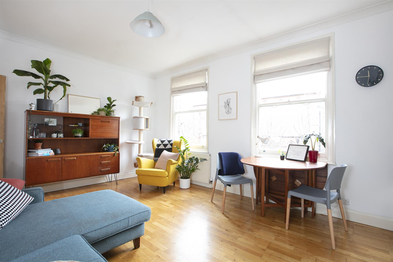 Flat - Conversion Sale Agreed in Nunhead Lane, Nunhead, SE15 751 view2
