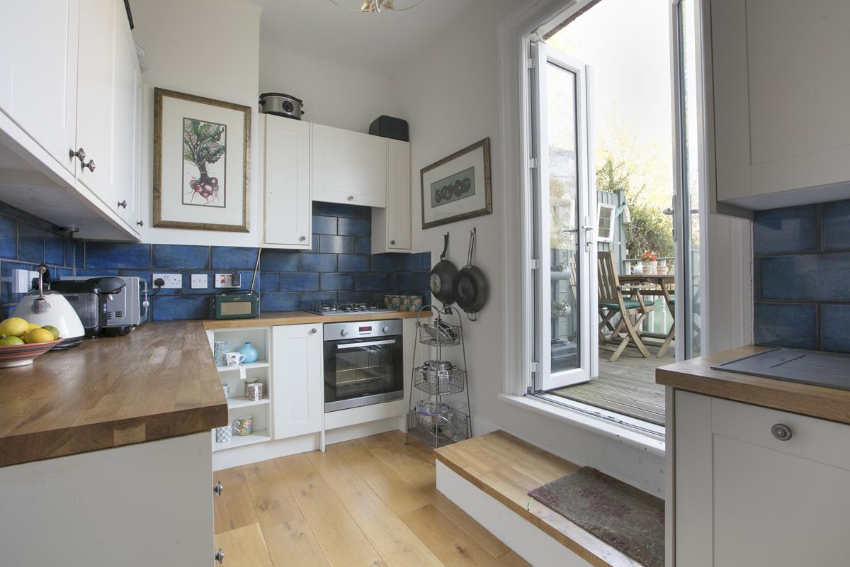 Flat - Conversion Sale Agreed in Panmure Road, Sydenham, SE26 436 view8