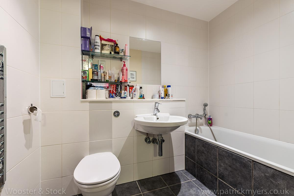 Flat - Purpose Built Sold in Peckham Grove, Peckham, SE5 418 view4