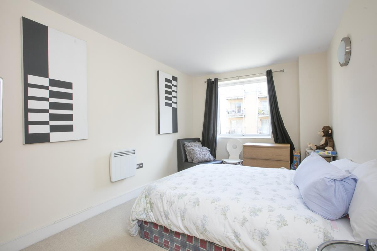 Flat - Purpose Built Sold in Peckham Grove, Peckham, SE5 418 view9