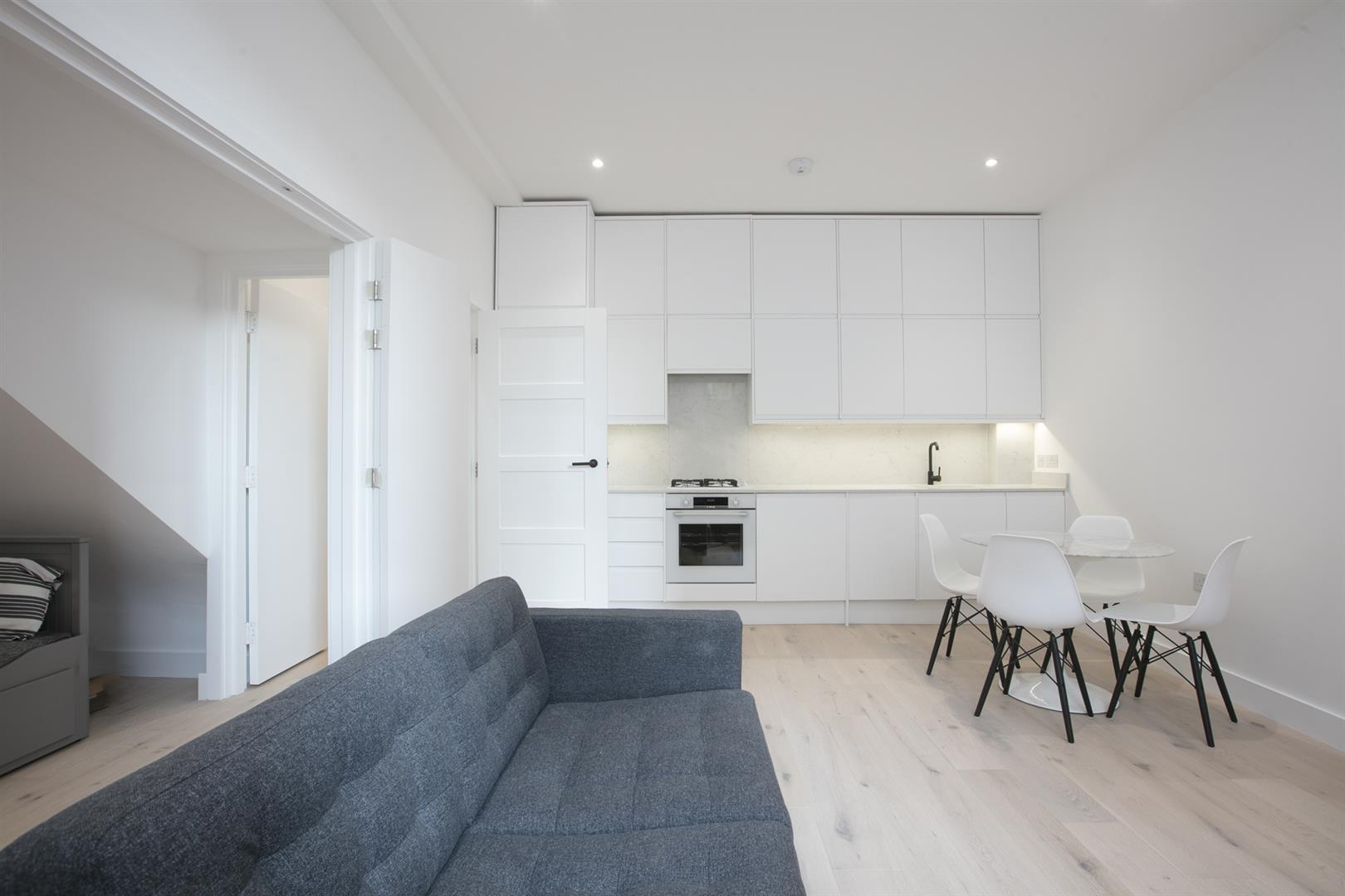 Flat/Apartment Sold in Peckham Road, Camberwell, SE5 529 view5