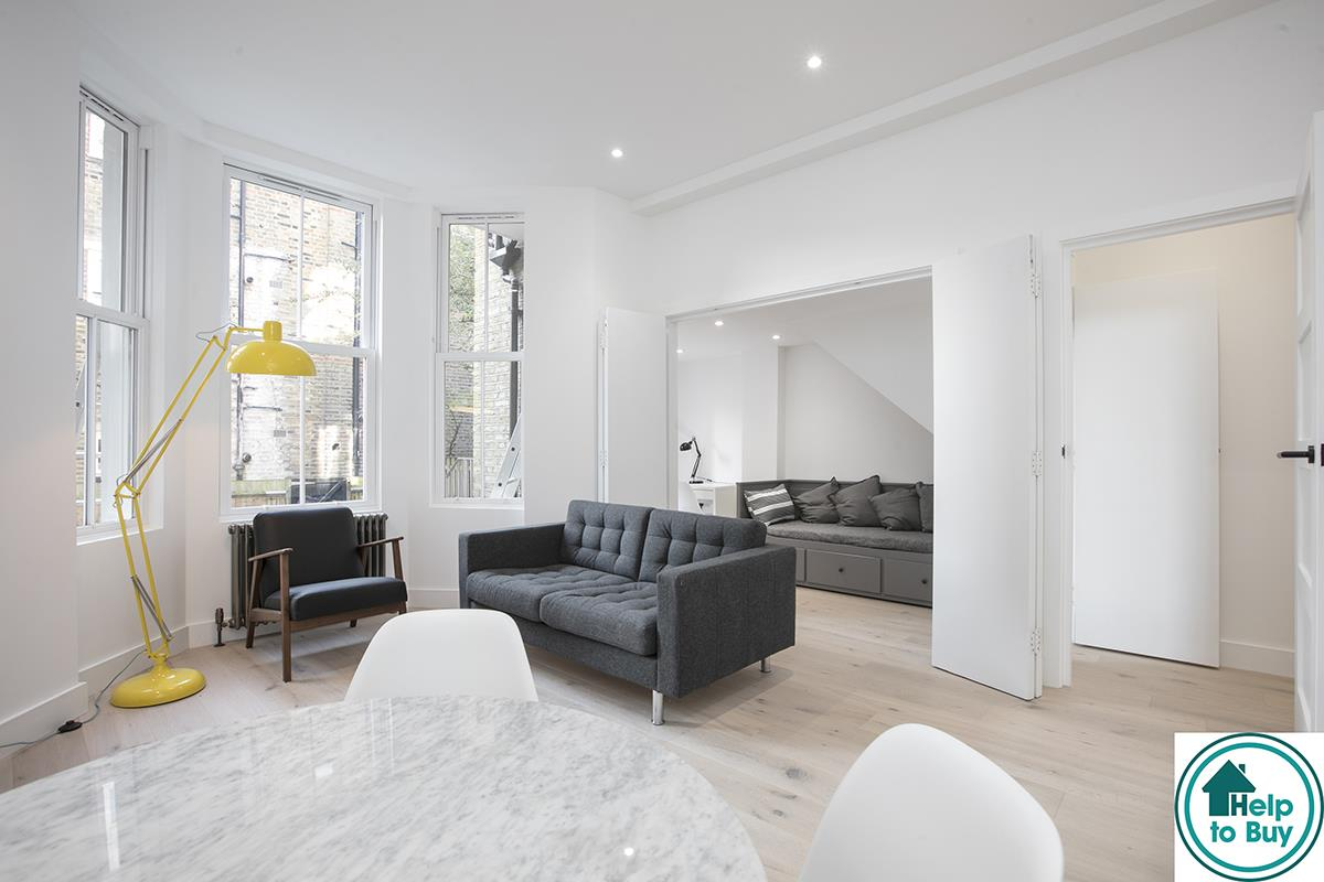 Flat/Apartment Sold in Peckham Road, Camberwell, SE5 529 view1