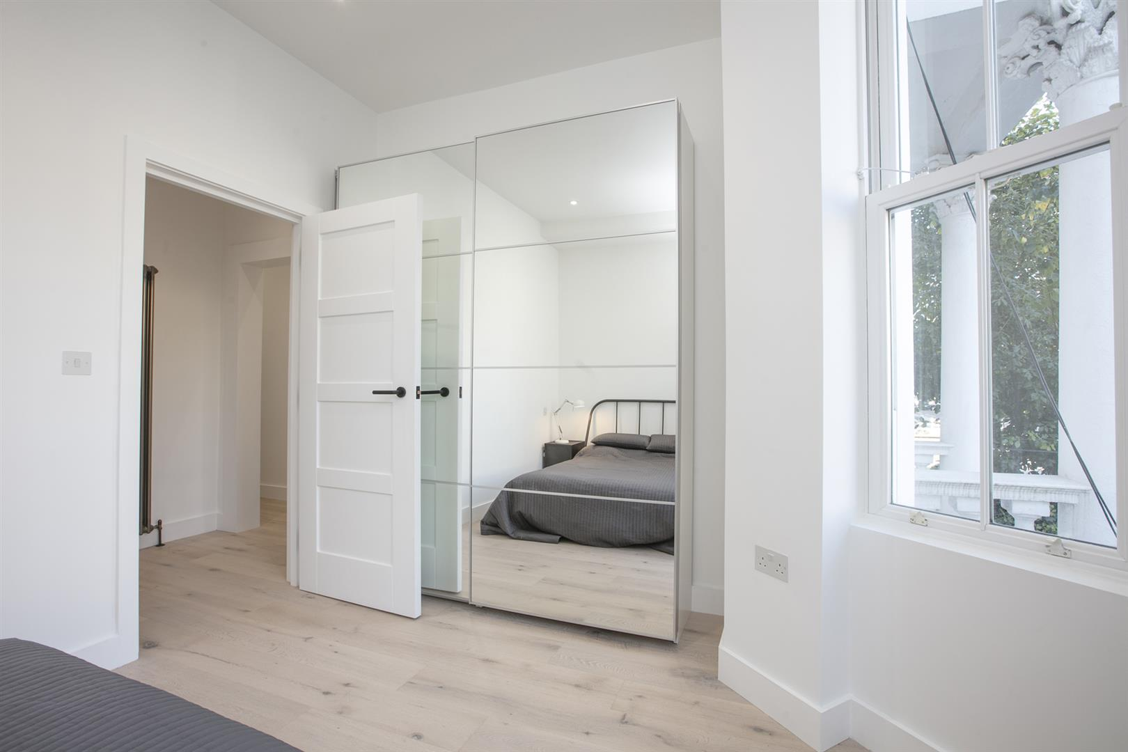 Flat/Apartment Sold in Peckham Road, Camberwell, SE5 529 view9