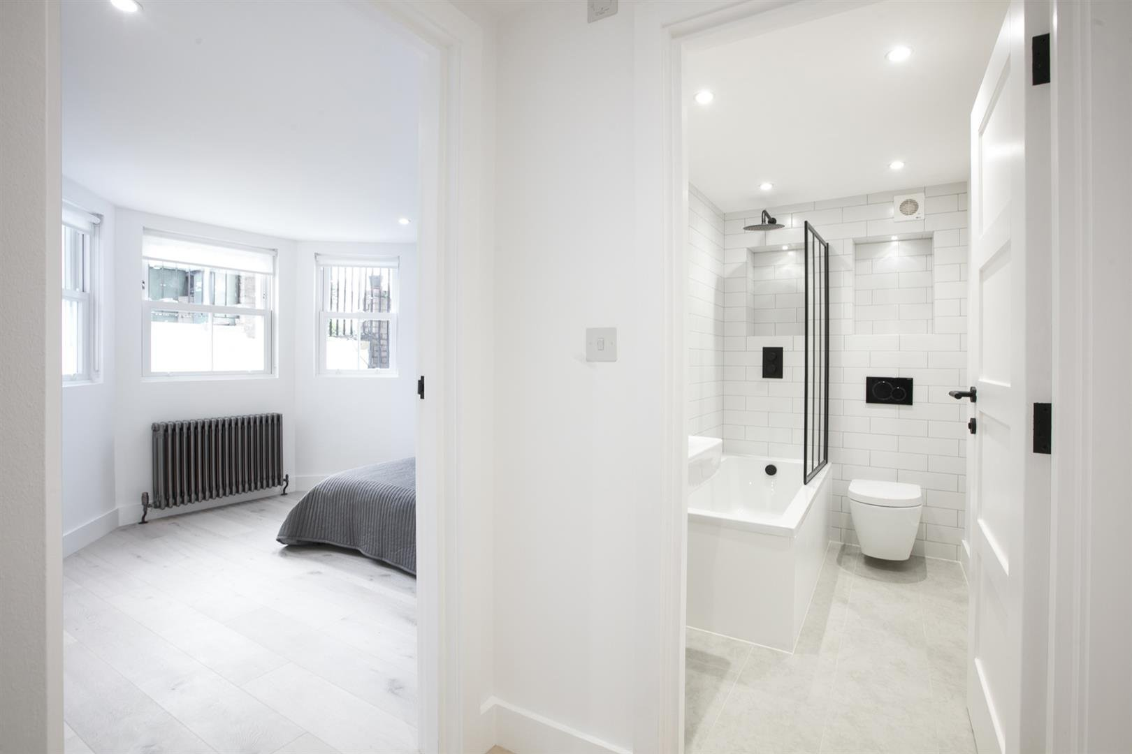 Flat - Conversion Sold in Peckham Road, Camberwell, SE5 539 view12