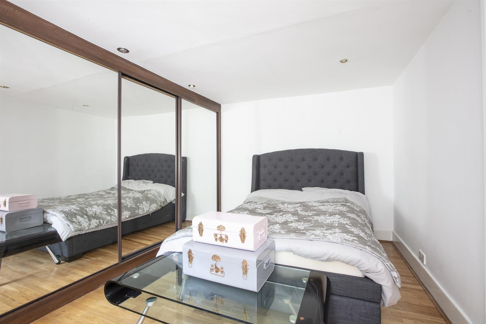 Flat - Conversion For Sale in Peckham Road, Camberwell, SE5 717 view11