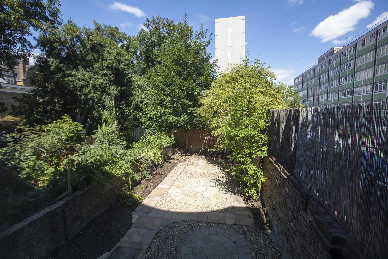 Flat - Conversion For Sale in Peckham Road, Camberwell, SE5 717 view15