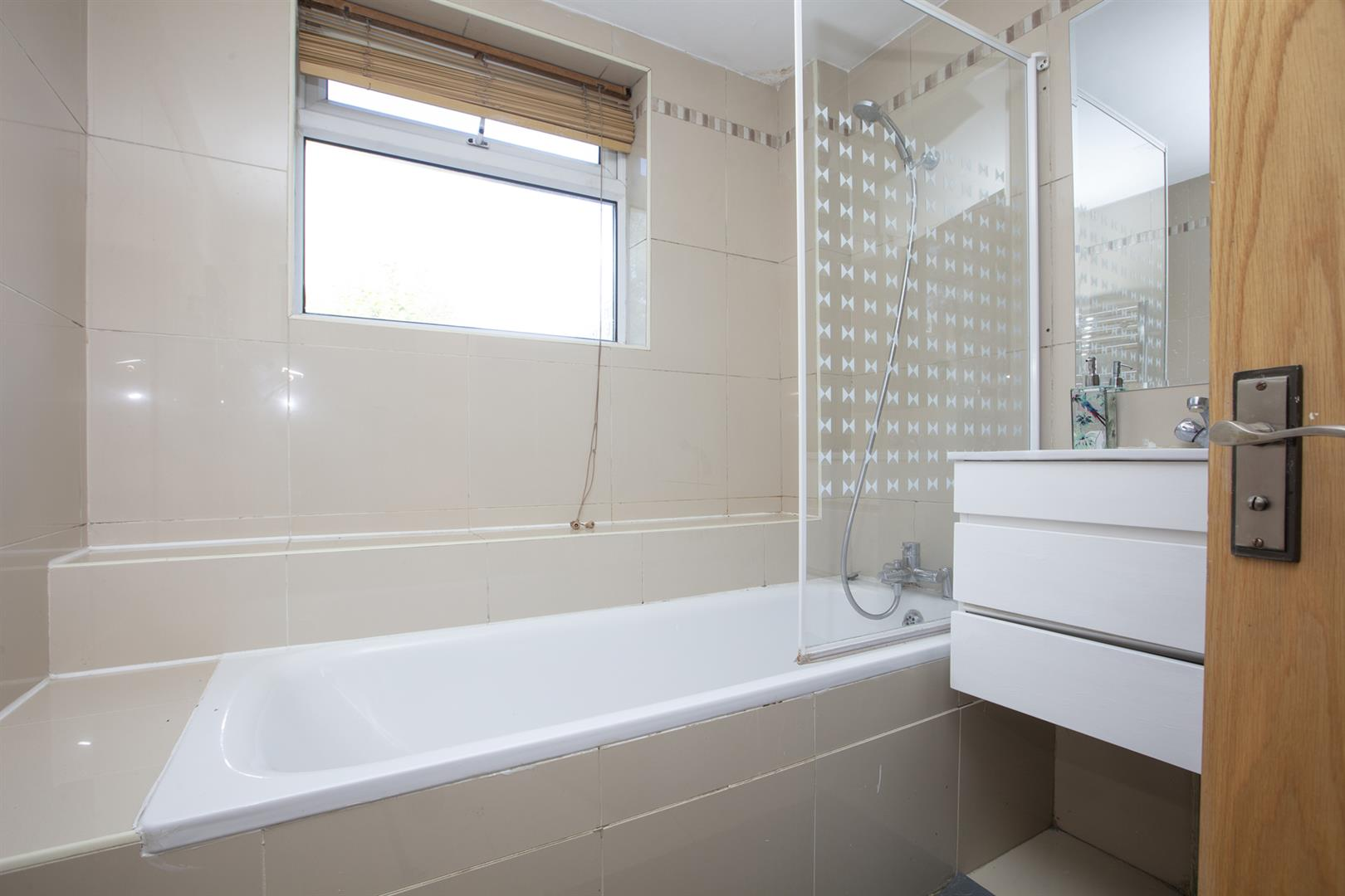Flat - Conversion For Sale in Peckham Road, Camberwell, SE5 717 view16