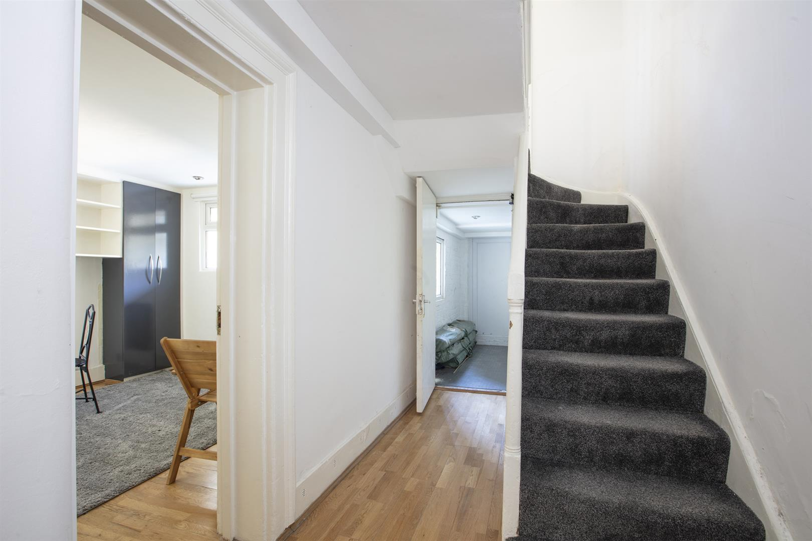 Flat - Conversion For Sale in Peckham Road, Camberwell, SE5 717 view18