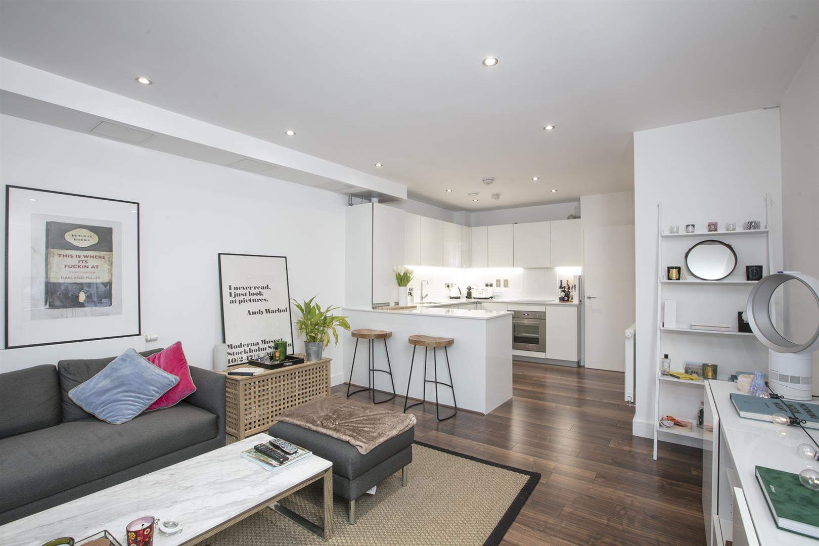 Flat/Apartment Sold in Queens Road, Peckham, SE15 564 view1
