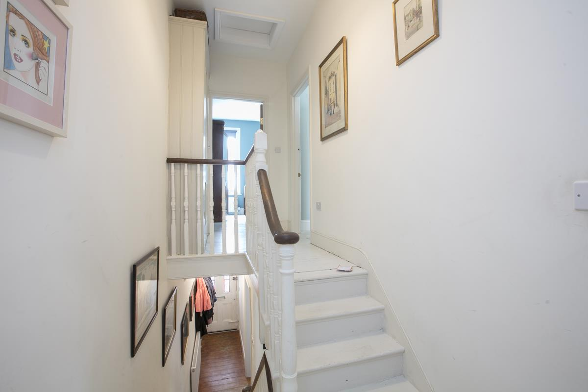 House - Terraced For Sale in Rainbow Street, Camberwell, SE5 359 view21