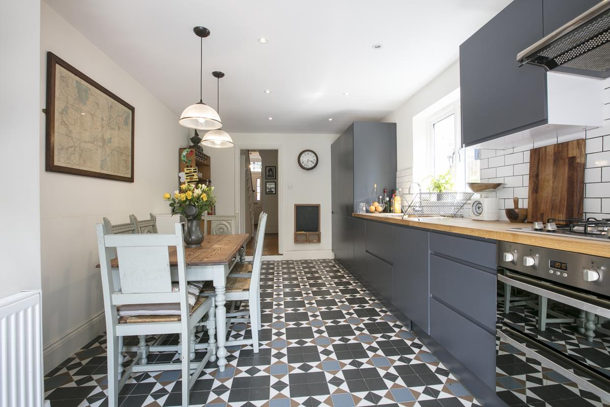 House - Terraced For Sale in Rainbow Street, Camberwell, SE5 359 view10