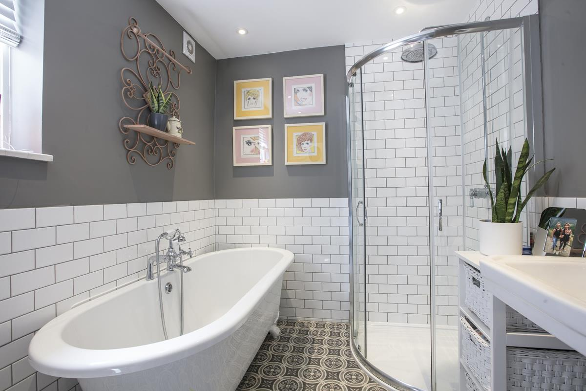House - Terraced For Sale in Rainbow Street, Camberwell, SE5 359 view13