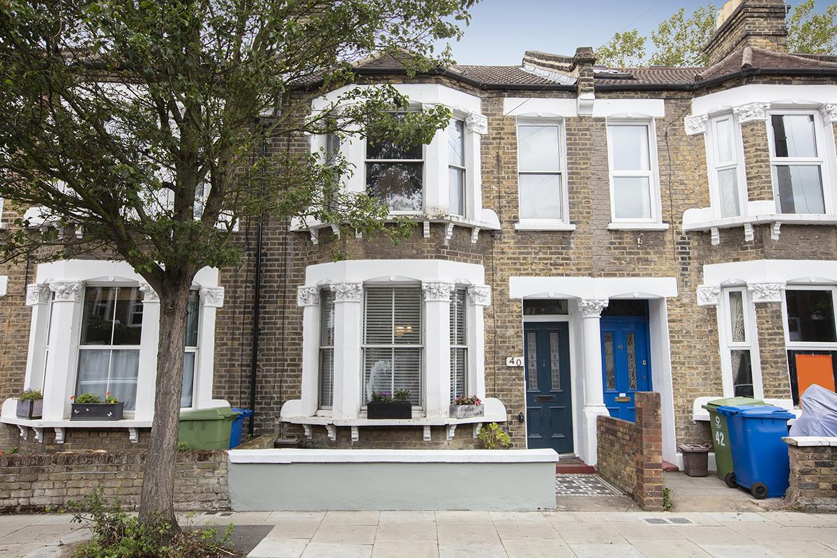House - Terraced Sold in Rainbow Street, Camberwell, SE5 695 view1