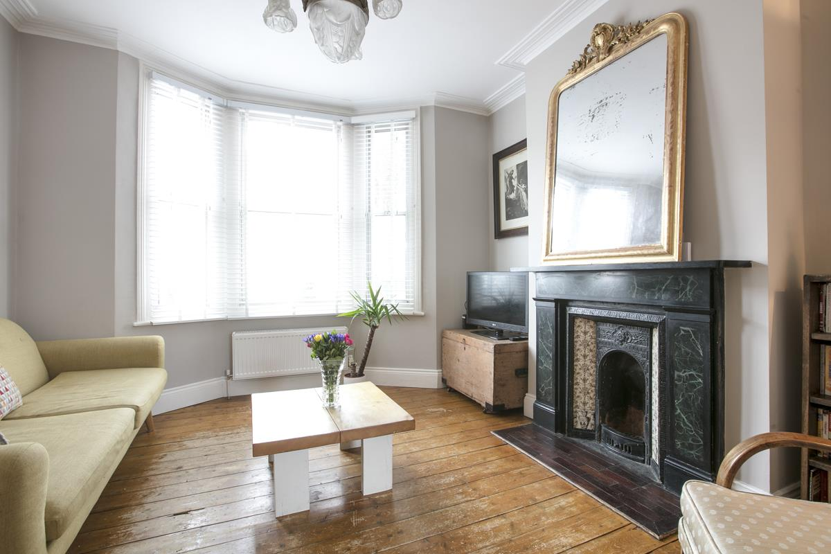 House - Terraced Sold in Rainbow Street, Camberwell, SE5 695 view3
