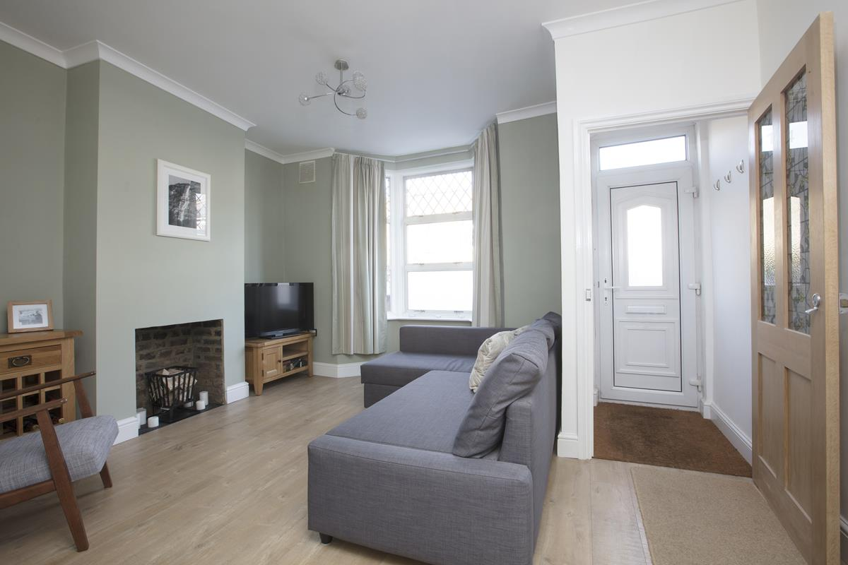 House - Terraced Sold in Scylla Road, Nunhead, SE15 249 view2