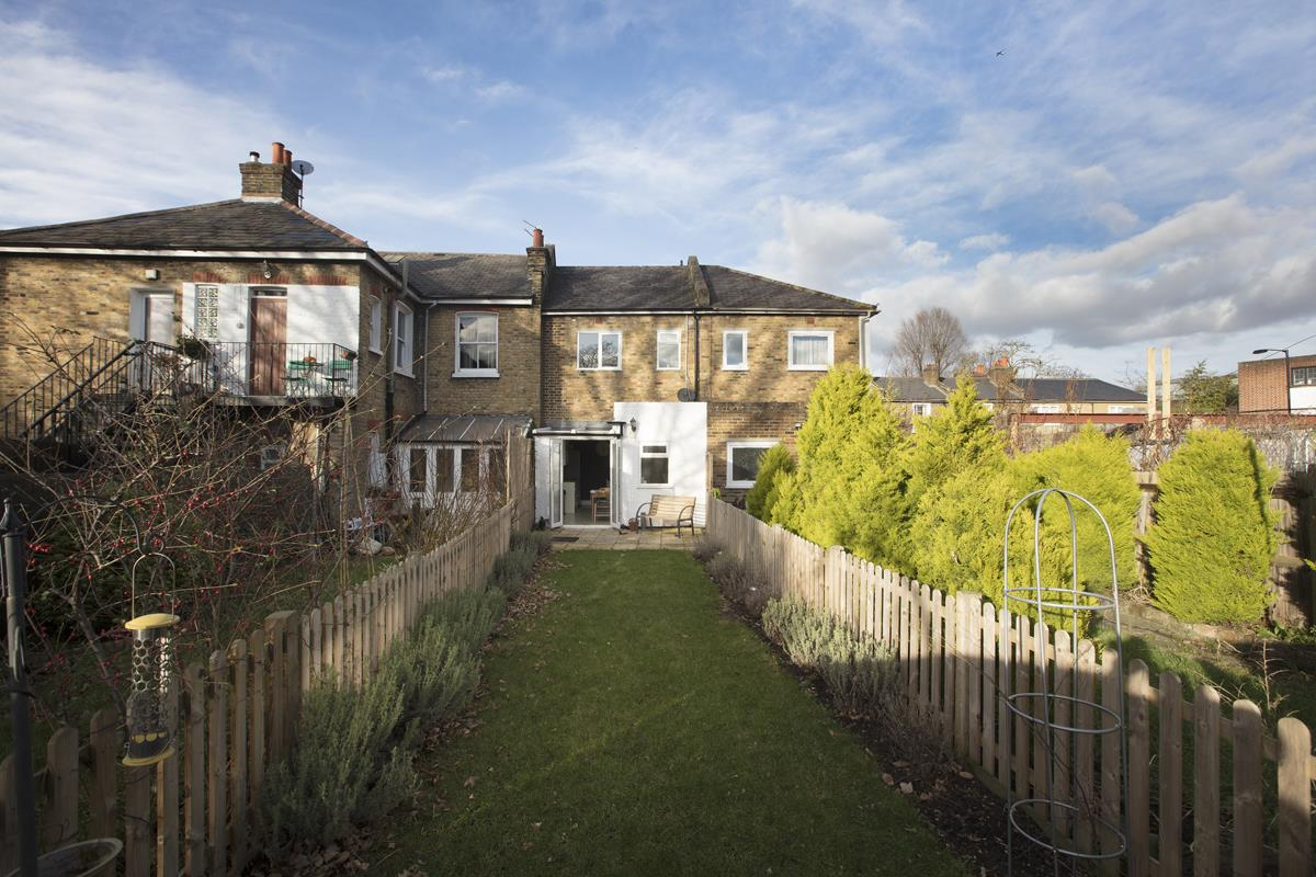 House - Terraced Sold in Scylla Road, Nunhead, SE15 249 view12