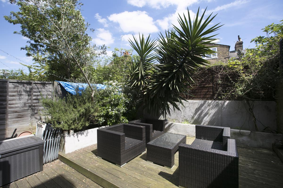 House - Terraced Sale Agreed in Shenley Road, Camberwell SE5 254 view5