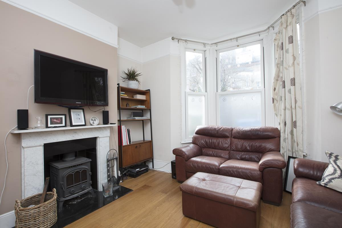House - Terraced For Sale in Shenley Road, Camberwell, SE5 277 view3
