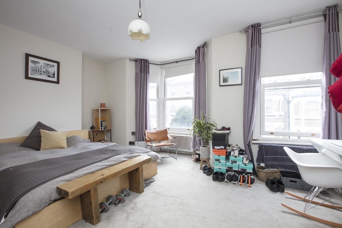 House - Terraced For Sale in Shenley Road, Camberwell, SE5 277 view6