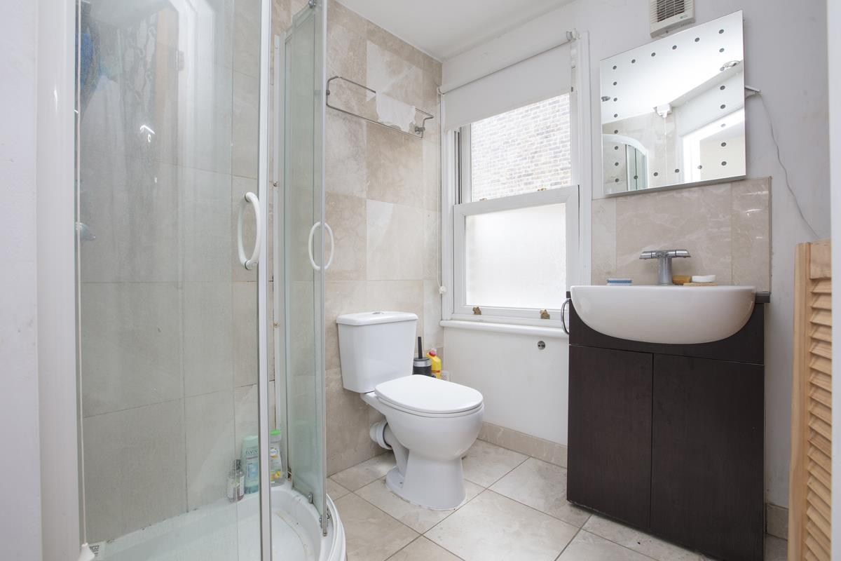 House - Terraced For Sale in Shenley Road, Camberwell, SE5 277 view8