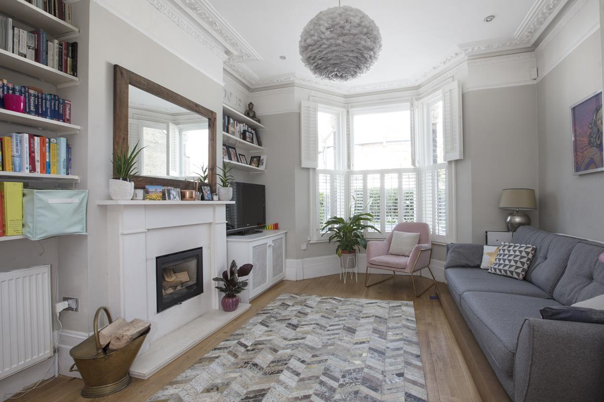 House - End Terrace For Sale in Shenley Road, Camberwell, SE5 451 view3