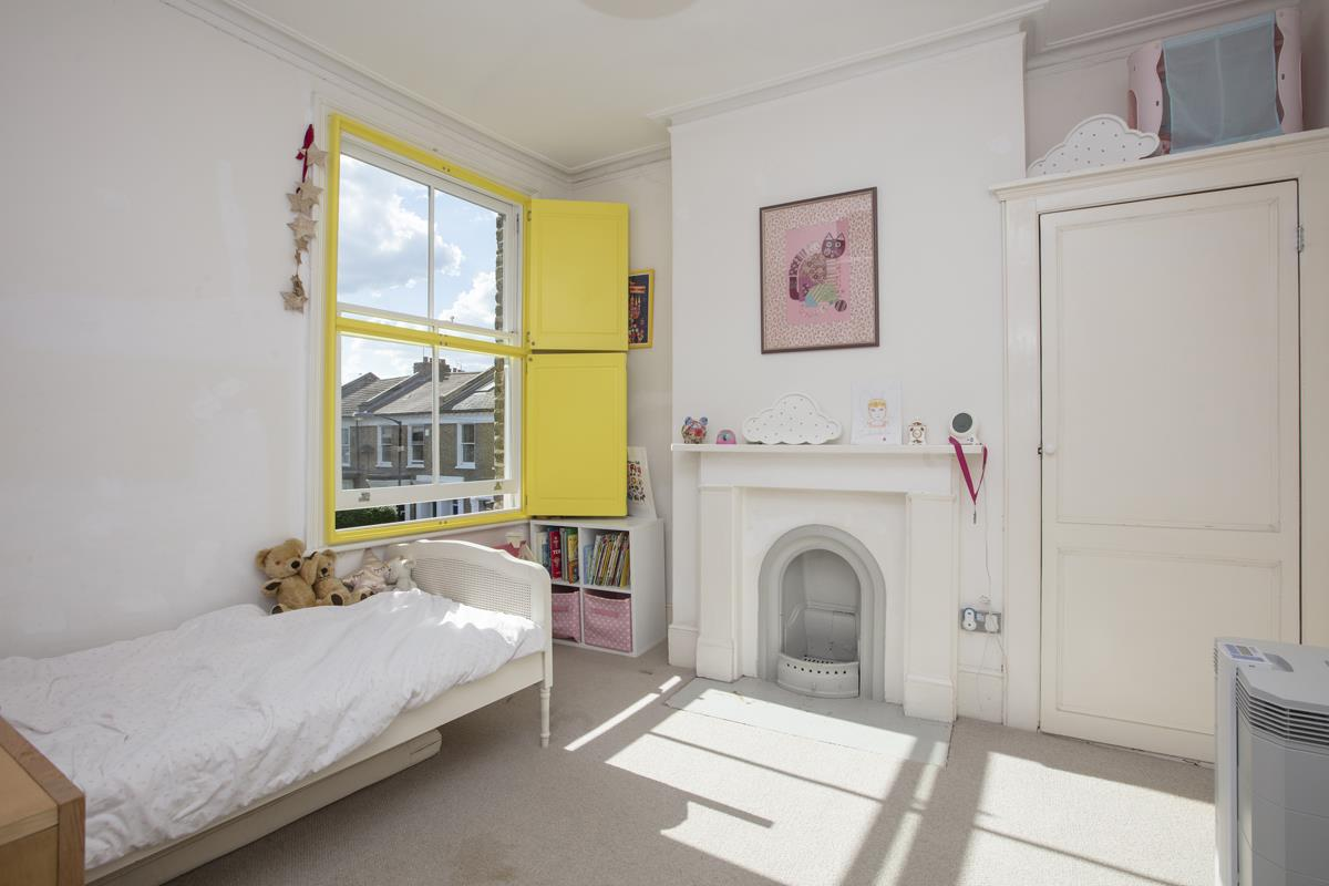 House - End Terrace For Sale in Shenley Road, Camberwell, SE5 451 view27