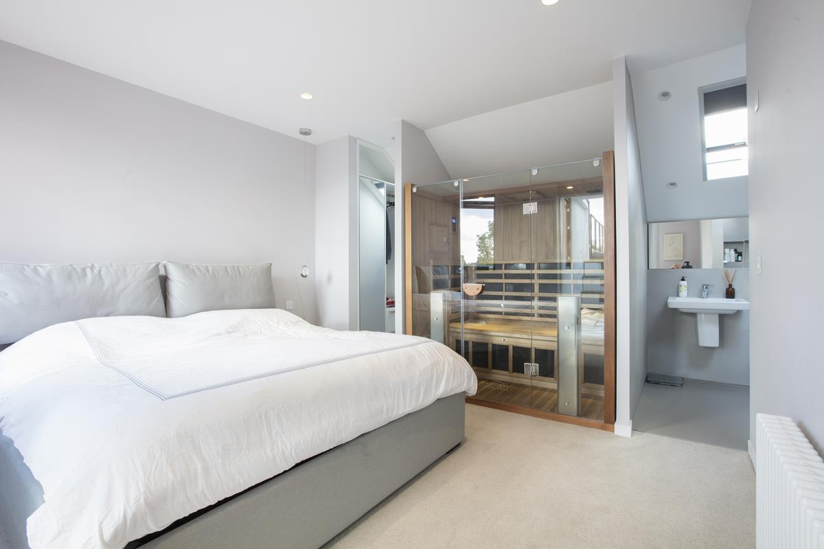 House - End Terrace For Sale in Shenley Road, Camberwell, SE5 451 view5