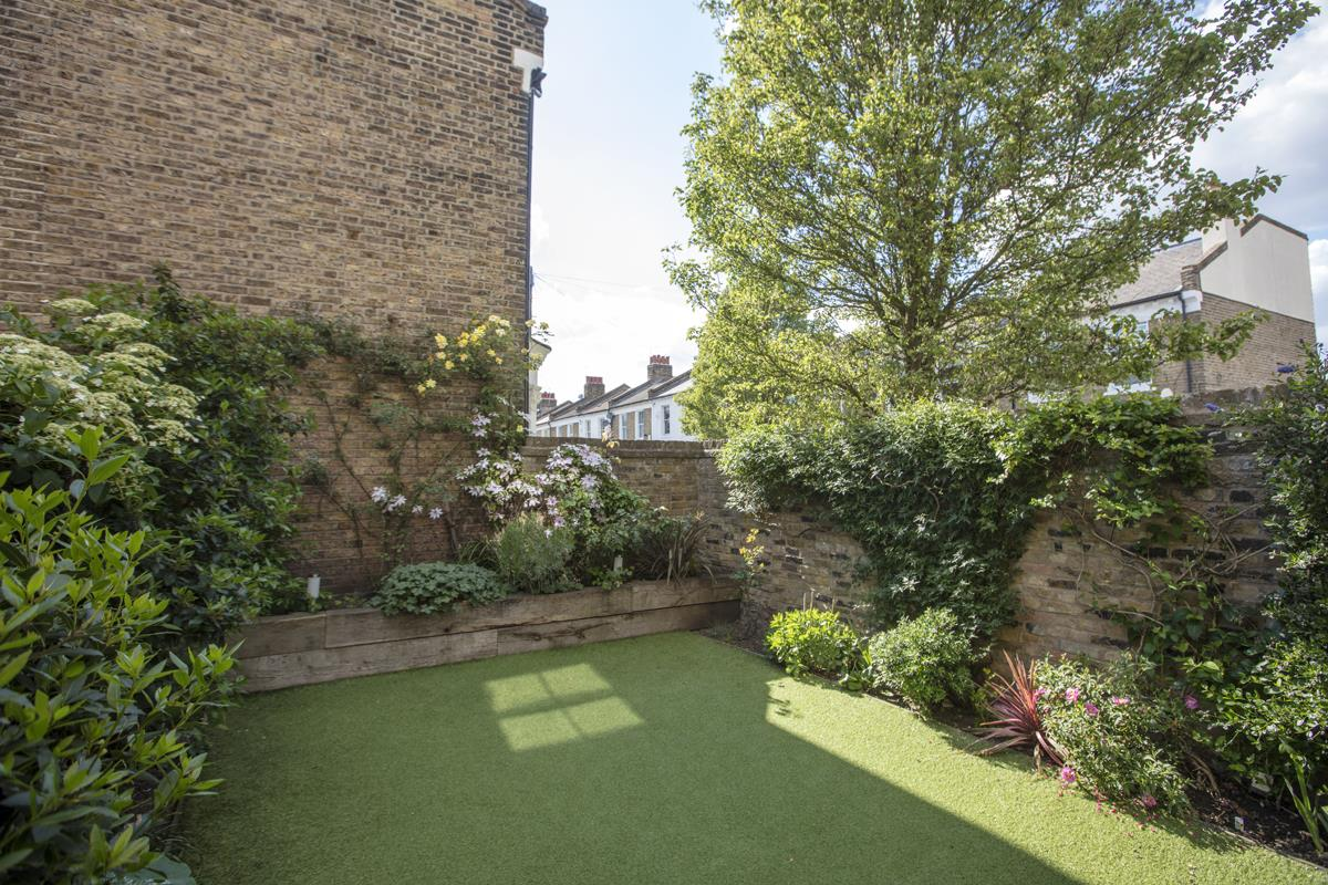 House - End Terrace For Sale in Shenley Road, Camberwell, SE5 451 view19