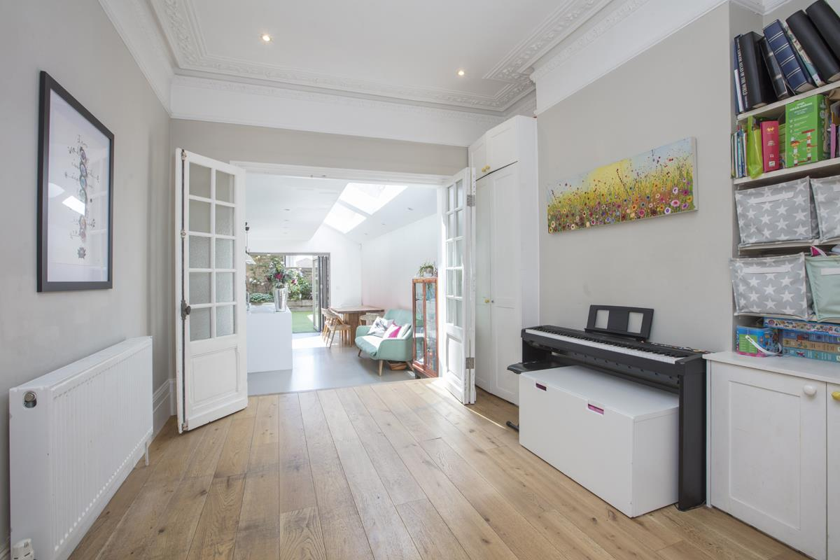 House - End Terrace For Sale in Shenley Road, Camberwell, SE5 451 view7