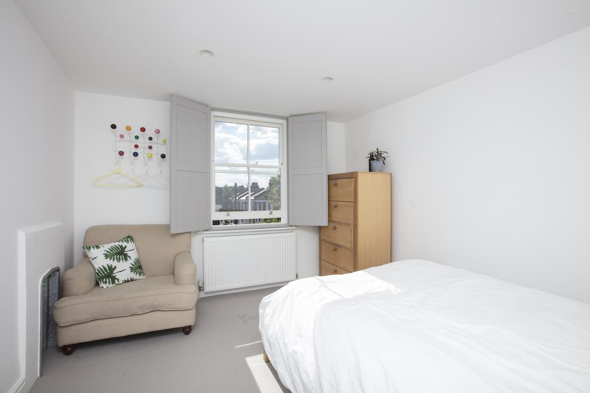 House - End Terrace For Sale in Shenley Road, Camberwell, SE5 451 view28