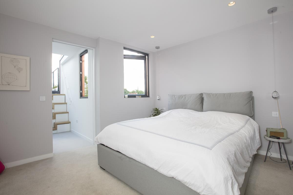 House - End Terrace For Sale in Shenley Road, Camberwell, SE5 451 view29
