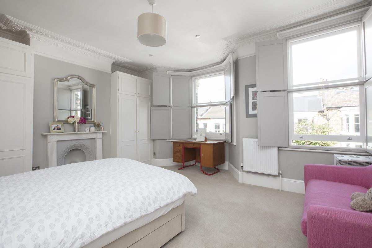 House - End Terrace For Sale in Shenley Road, Camberwell, SE5 451 view25