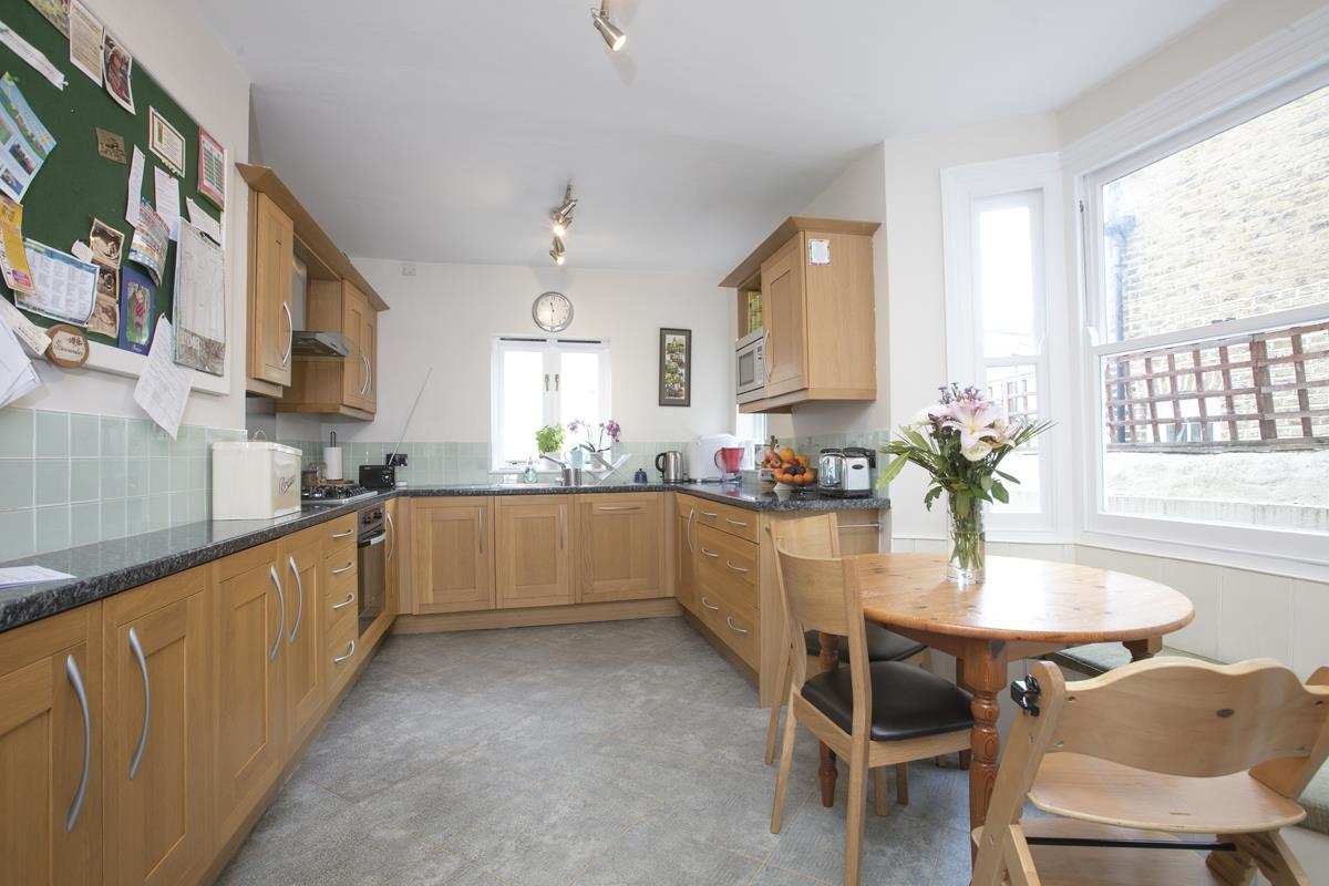 House - Terraced Sold in Shenley Road, Camberwell, SE5 508 view4