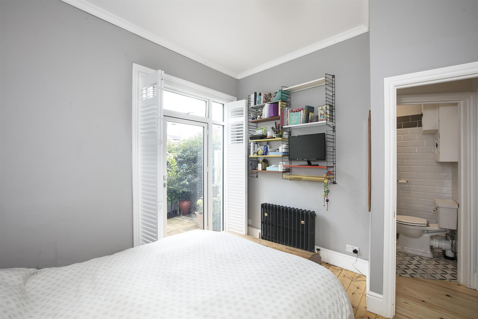 Flat/Apartment Sold in Shenley Road, Camberwell, SE5 561 view9