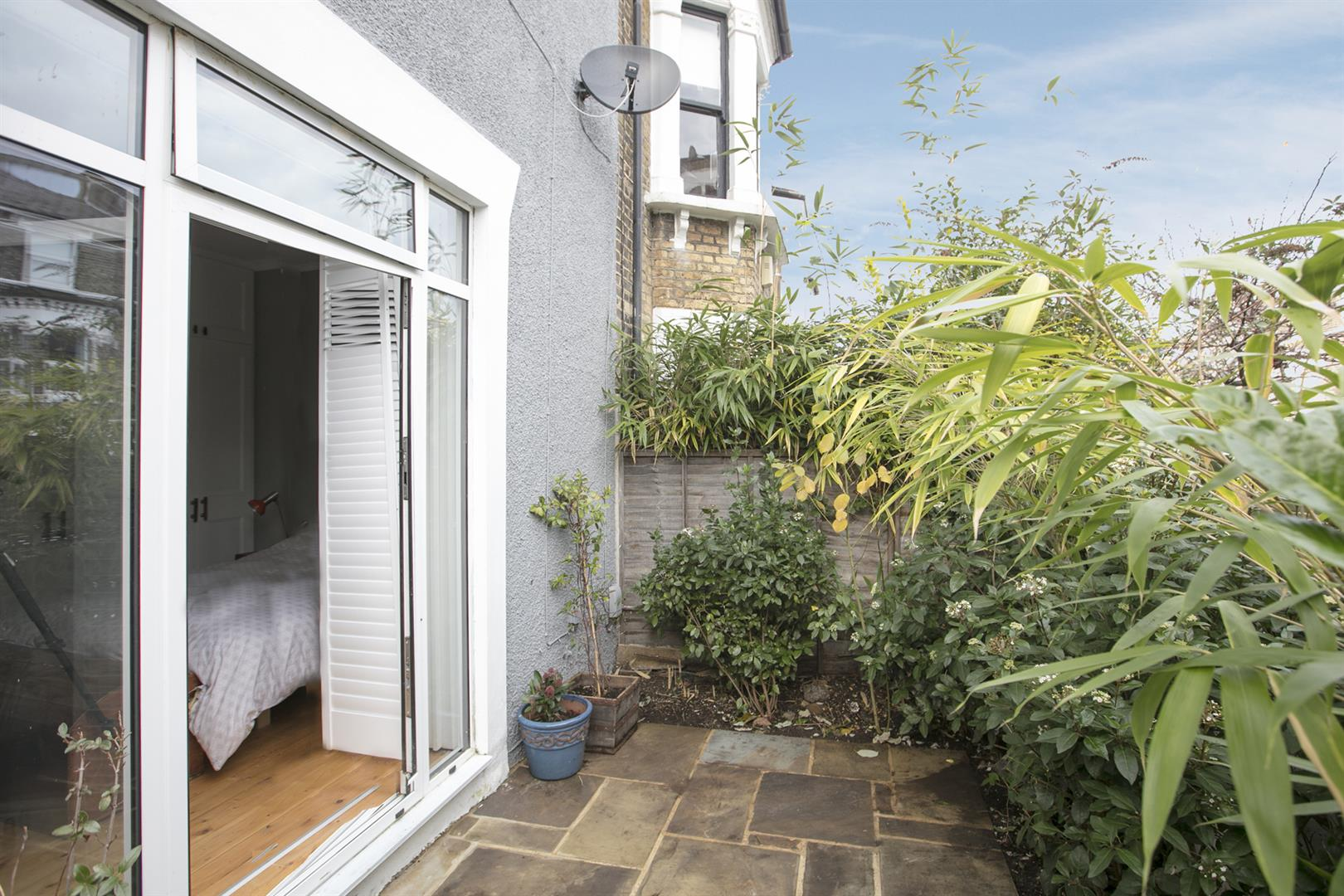 Flat/Apartment Sold in Shenley Road, Camberwell, SE5 561 view10