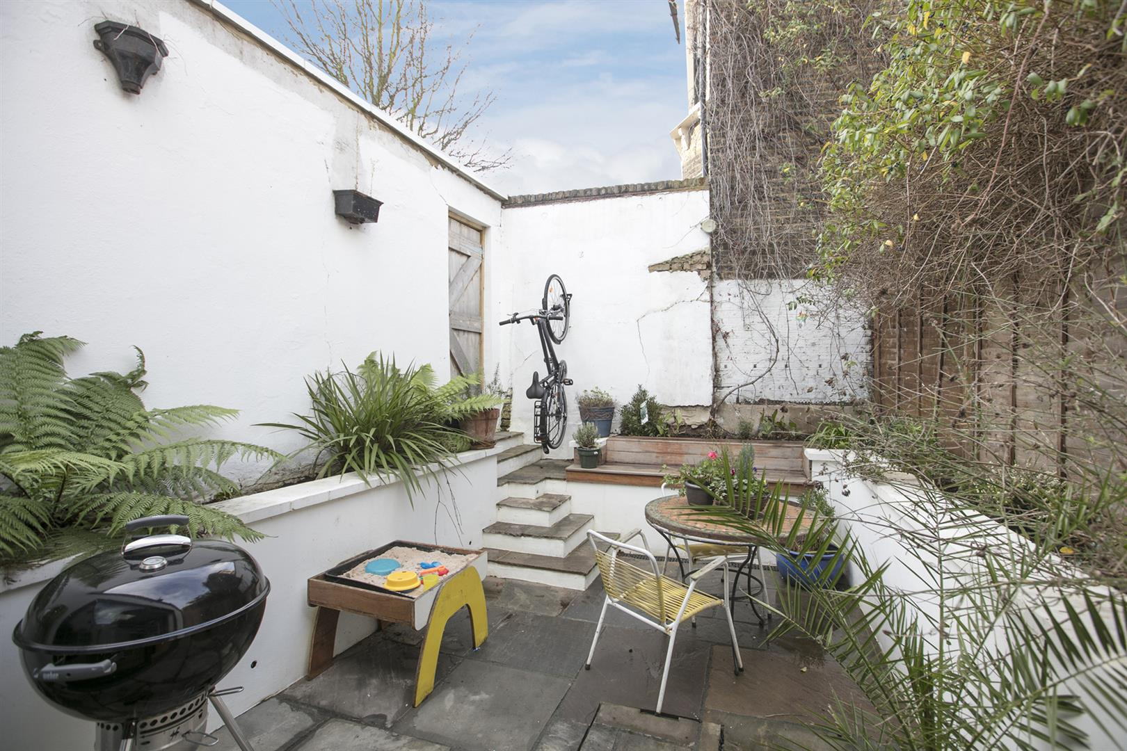 Flat/Apartment Sold in Shenley Road, Camberwell, SE5 561 view4
