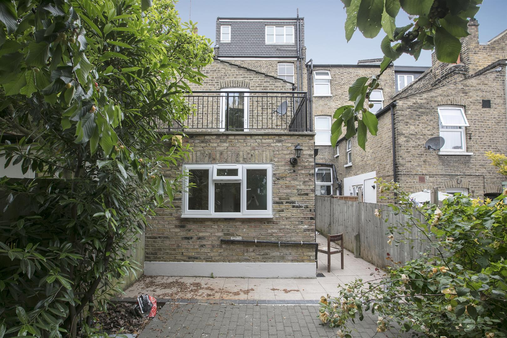 Flat - Conversion For Sale in Shenley Road, Camberwell, SE5 635 view13
