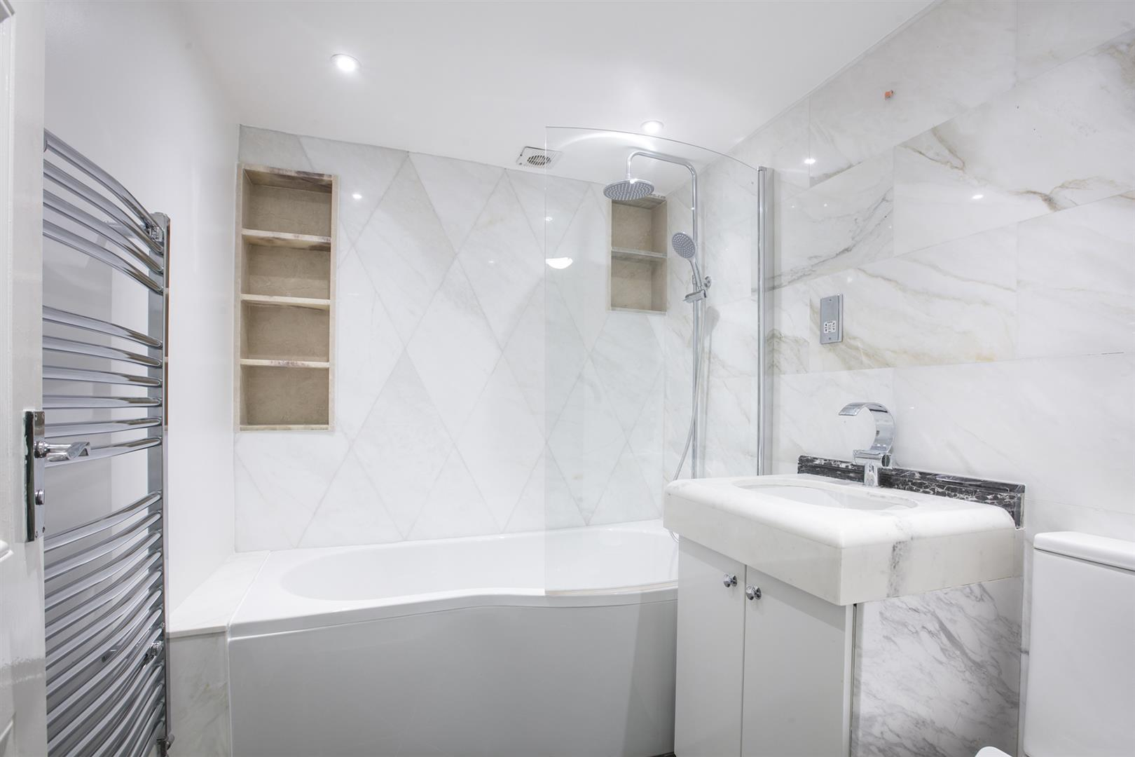 Flat - Conversion For Sale in Shenley Road, Camberwell, SE5 635 view11