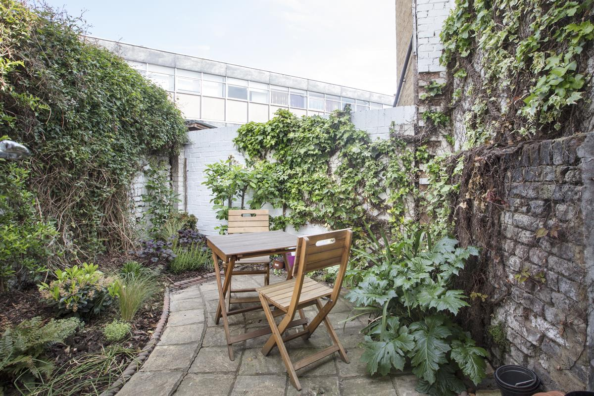 House - Terraced Sale Agreed in Southampton Way, Camberwell, SE5 447 view7